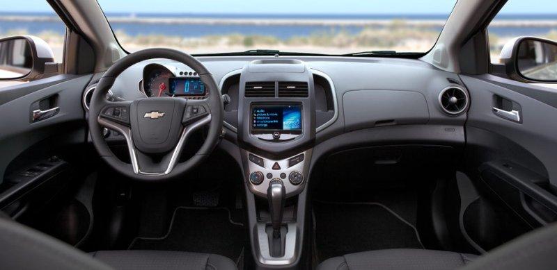 Chevrolet Aveo Fotos