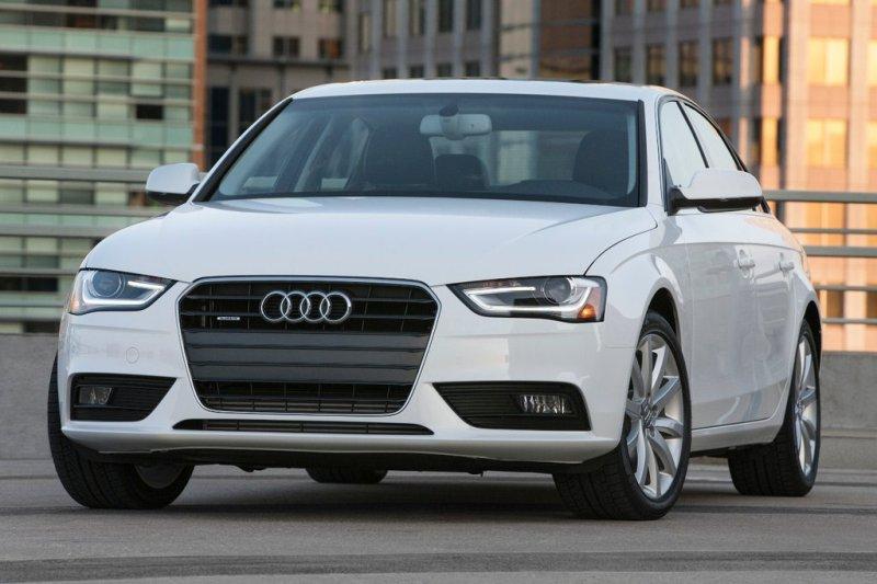Audi A4 Fotos