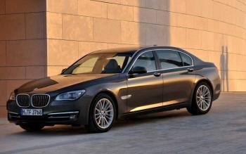 2014 BMW Serie 7 foto
