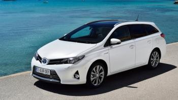 2014 Toyota Auris foto